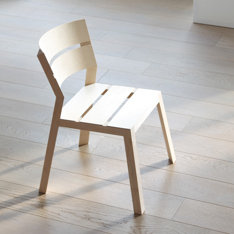 Satsuma chair by Läufer + Keichel modelled on wooden fruit crates