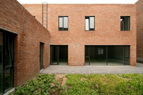 Songzhuang artist studios by Knowspace