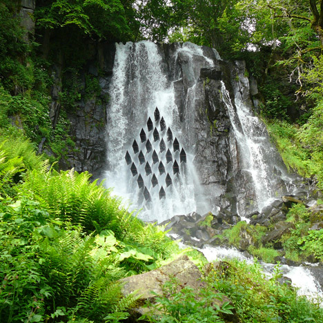 Les Cascadeurs installation by Laurent Gongora<br /> interrupts the flow of a waterfall