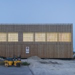 Swiss school extension by Zwimpfer Partner and BBK fronted by slender wooden battens