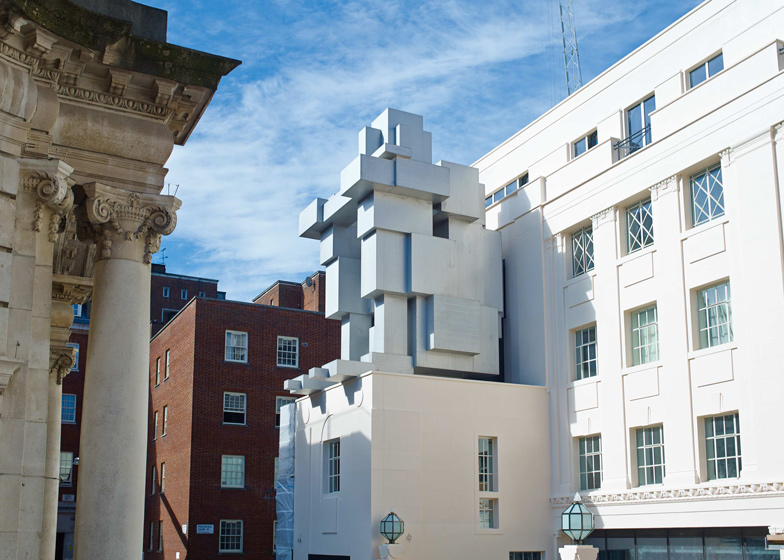 Antony Gormley's ROOM at the Beaumont Hotel