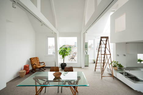 Apartment in Amsterdam by MAMM Design