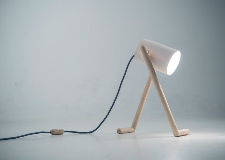 By Boo Lampen : Hedda torgersens anthropomorphic boo lamp to be shown at 100% norway