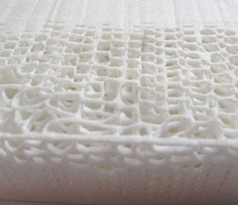 Biomimicry 3D-printed soft seat by Lilian Van Daal