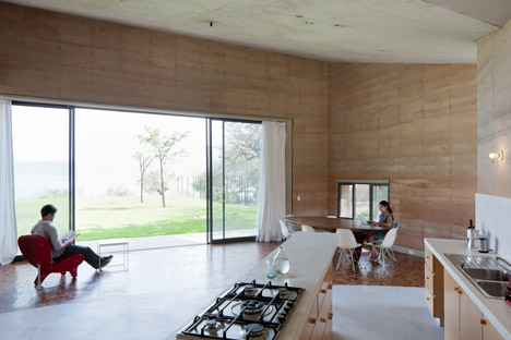 Casa Ajijic by Tatiana Bilbao