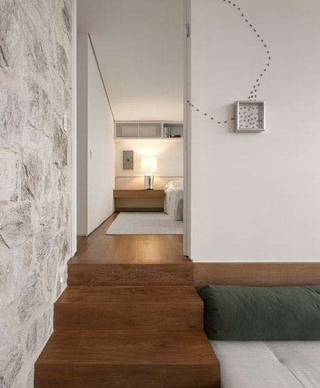 Casa AL by Studio Arthur Casas photos by Fernando Gurra