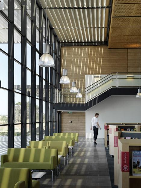 Craigieburn Library by Francis Jones Morehen Thorp