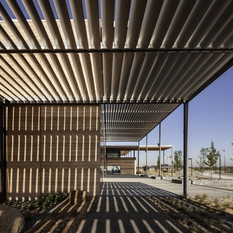 Rammed earth walls surround Craigieburn Library by Francis-Jones Morehen Thorp