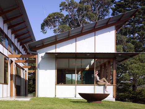 Dogtrot House by Dunn & Hillam