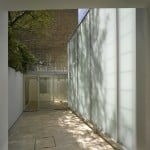 Niall McLaughlin extends Duncan Terrace house with translucent passageway and gallery