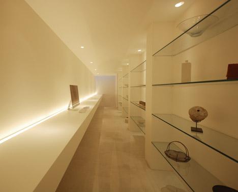 Florist Studio by Shinichi Ogawa & Associates