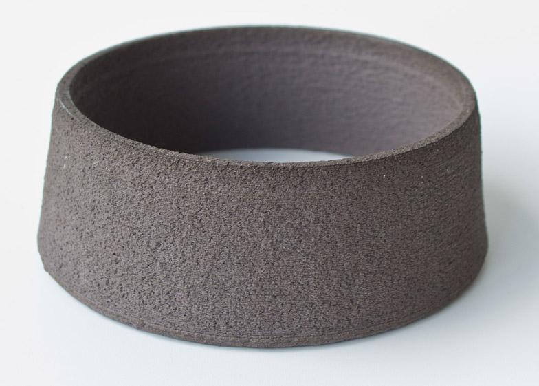 Olivier van Herpt 3D-prints functional ceramic objects