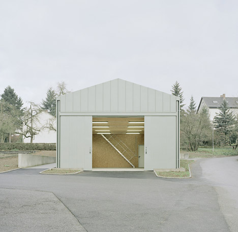Hangar XS from Ecker Architekten