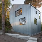 Happy Cheap house by Tommy Carlsson is a prototype for low-cost prefab homes
