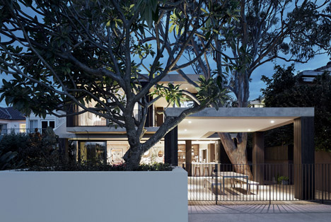 Hopetoun_House_by_BE_Architecture-_dezeen_468_10