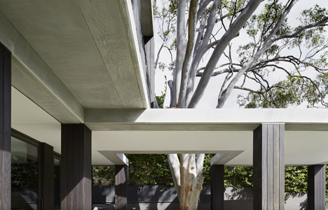 Hopetoun_House_by_BE_Architecture-_dezeen_468_5