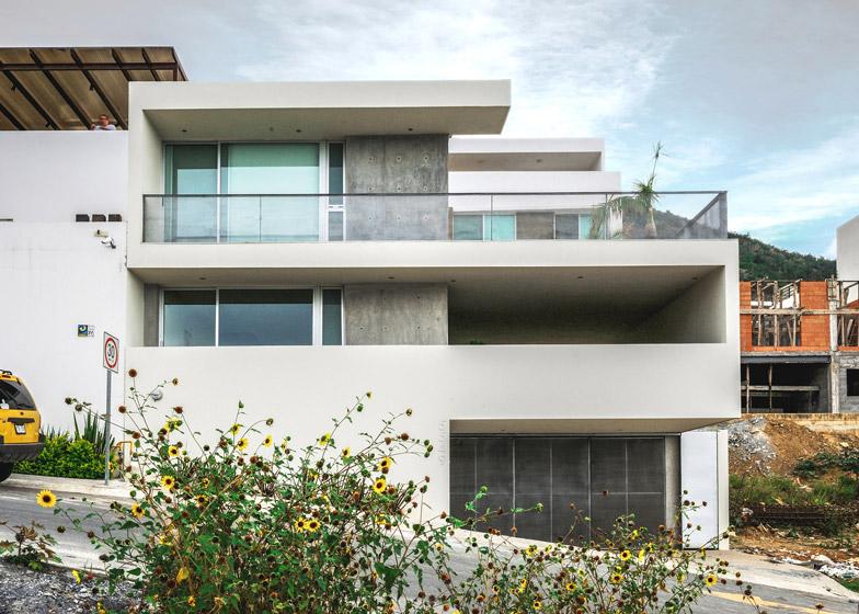 balconies and terraces occupy half of p 0 architecture s ipe house rh dezeen com
