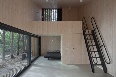 Lake Cabin by FAM Architekti