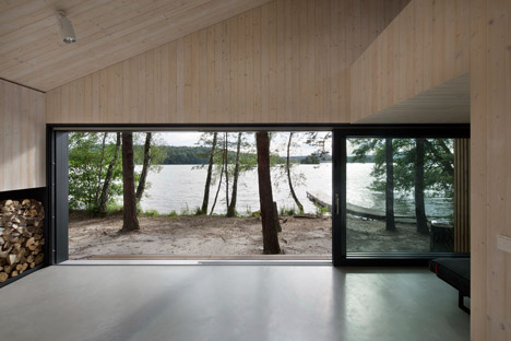 Lake Cabin by FAM Architekti
