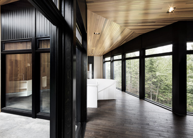 L'Écran House by Alain Carle Architecte