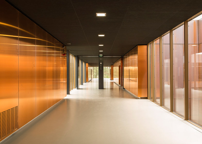 Public middle school of Labarthe-sur-Lèze by LCR Architectes