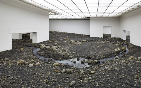 Riverbed-by-Olafur-Eliasson_dezeen_468_6
