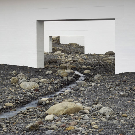 Olafur Eliasson fills modern art museum with