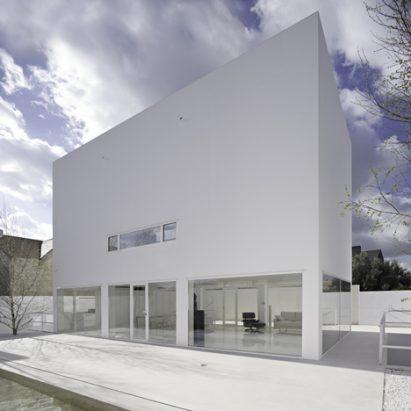 dezeen_casa-moliner-by-alberto-campo-baeza_3sq