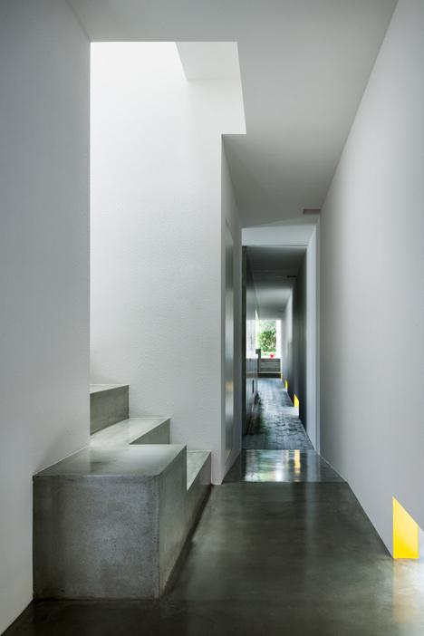 dezeen_Promenade-House-by-FORMKouichi-Kimura-Arcitects_8