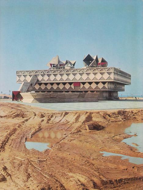 11-brutalism-buildings-f-yeah-brutalism_dezeen_468_7