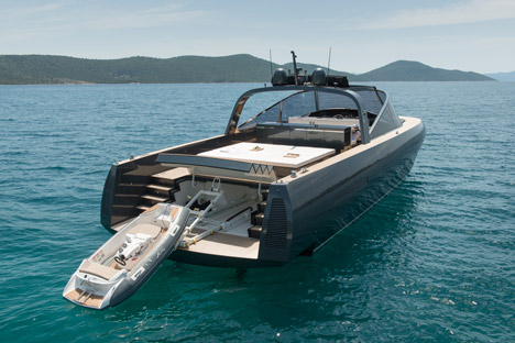 Alen 68 yacht by Foster + Partners