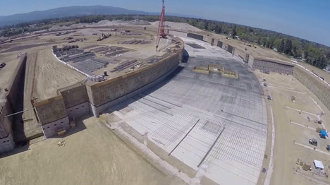Apple-campus-filmed-by-drone_dezeen_468_0