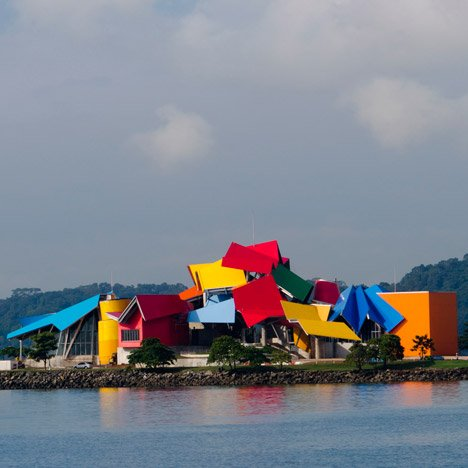 Frank Gehry's Biomuseo in Panama<br /> prepares to open