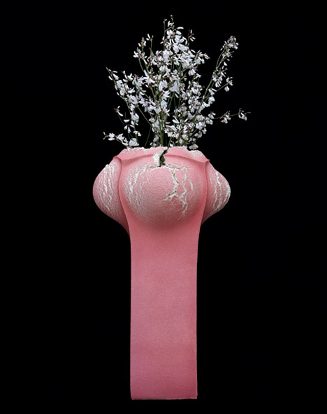 Booming Vases by Analogia Project and Alessio Sarri