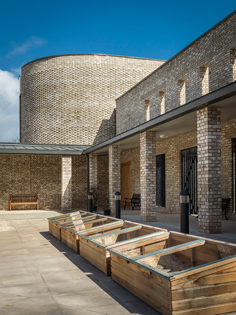Carmelite Monastery, Liverpool by Austin-Smith:Lord