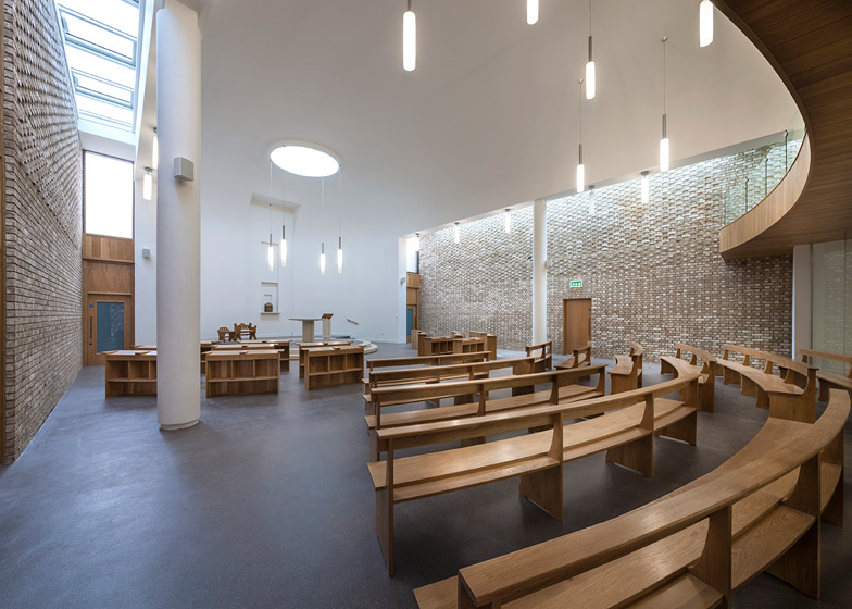 Austin-Smith:Lord's Carmelite Monastery has brick walls