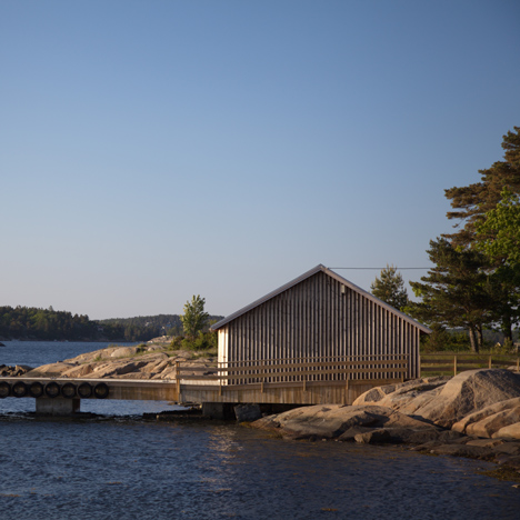 Snøhetta's revamped Hudøy boathouse offers shelter to summer campers