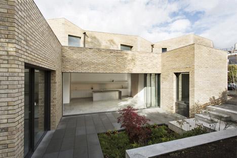 Luker House by Jamie Fobert Architects