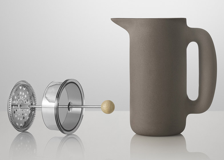 Push coffee maker by Mette Duedhal