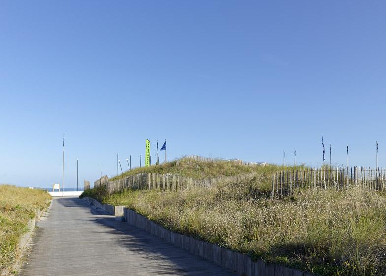 Nautical Base in Saint-Hilaire-de-Riez by THE Architectes