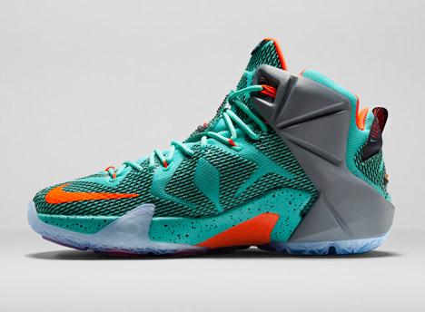 66d8a7a50b05 Nike Lebron 12.