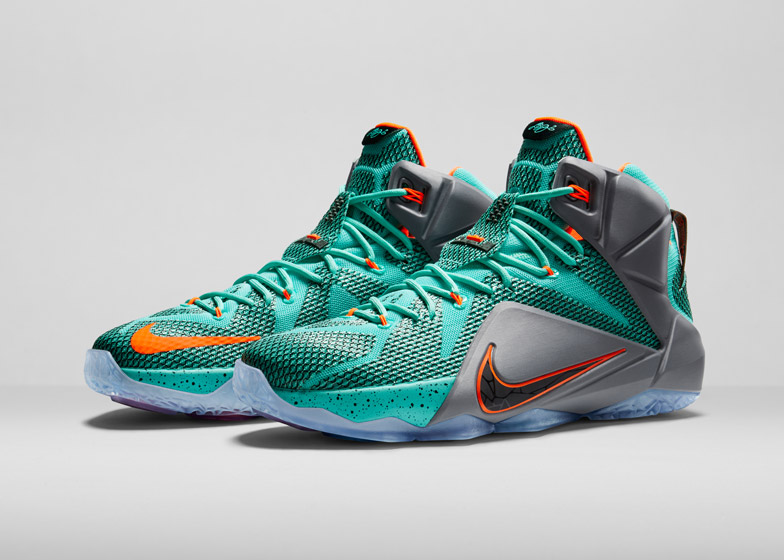 508a0fe11f05 Nike redesigns the basketball shoe for LeBron James