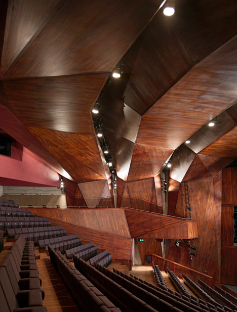 Lyric Theatre by O'Donnell and Toumey