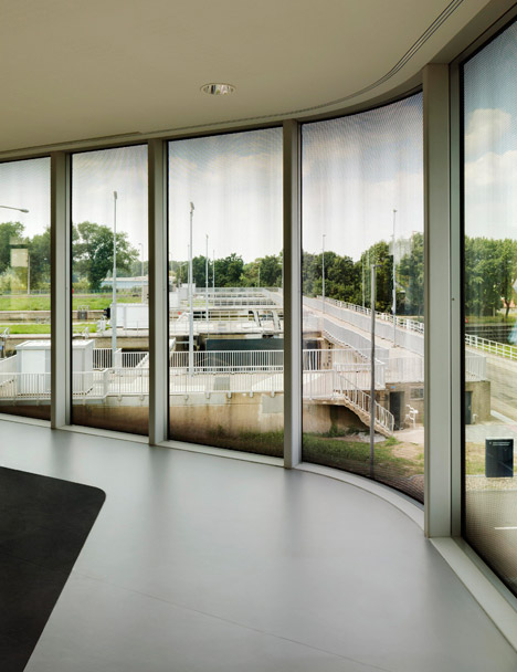 Regiocentrale Zuid by Wiel Arets