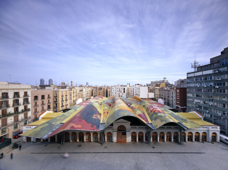 The Dashilar district will host two exhibitions about urban planning and architecture in Barcelona, with one of them focussing on Santa Caterina, by Enric Miralles - Benedetta Tagliabue (EMBT)