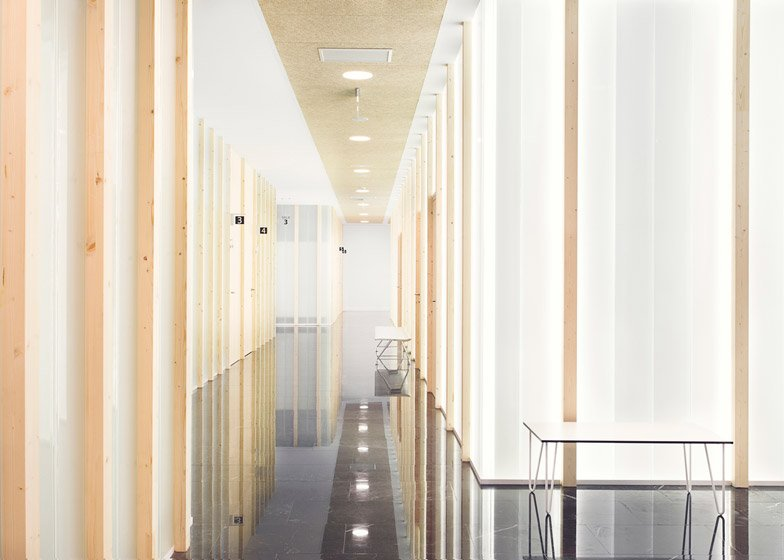 Sendagrup Medical Centre by Pauzarq