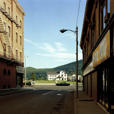 Stephen Shore Holden Street North Adams MA 13 July 1974