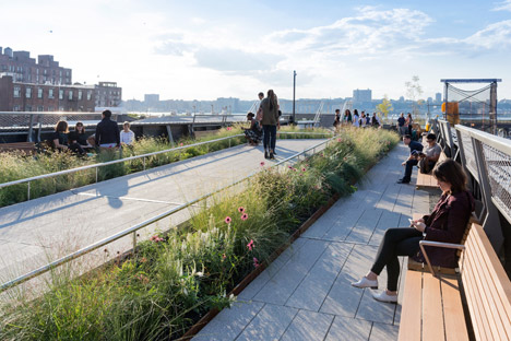 The-High-Line-at-the-Rail-Yards_dezeen_468_5