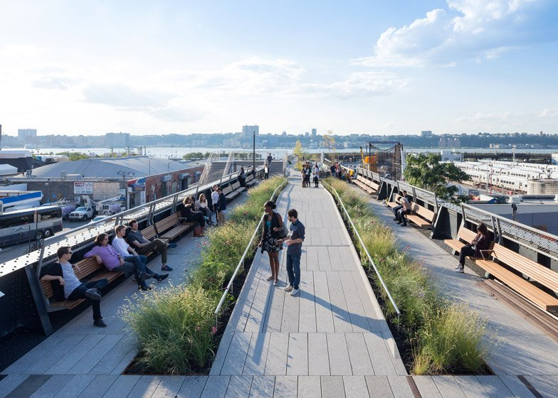 The High Line at the Rail Yards