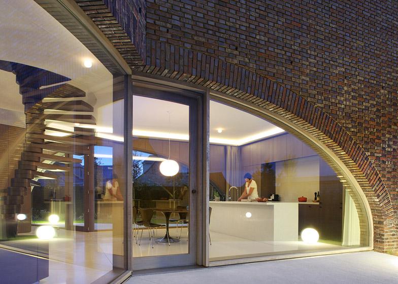 Villa Moerkensheide by Dieter De Vos